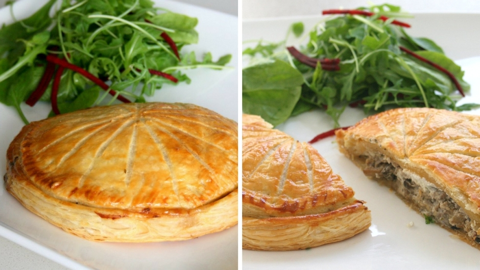 Pithivier recipe with puff pastry.