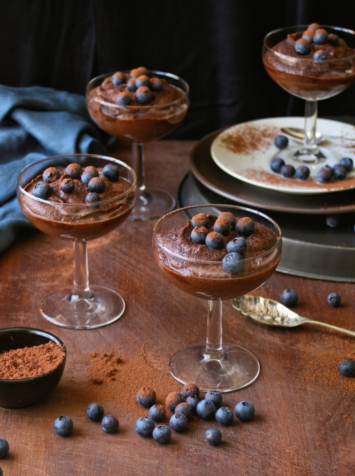 Chocolate mousse made with dates.