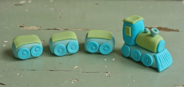 How to make a fondant train cake topper.