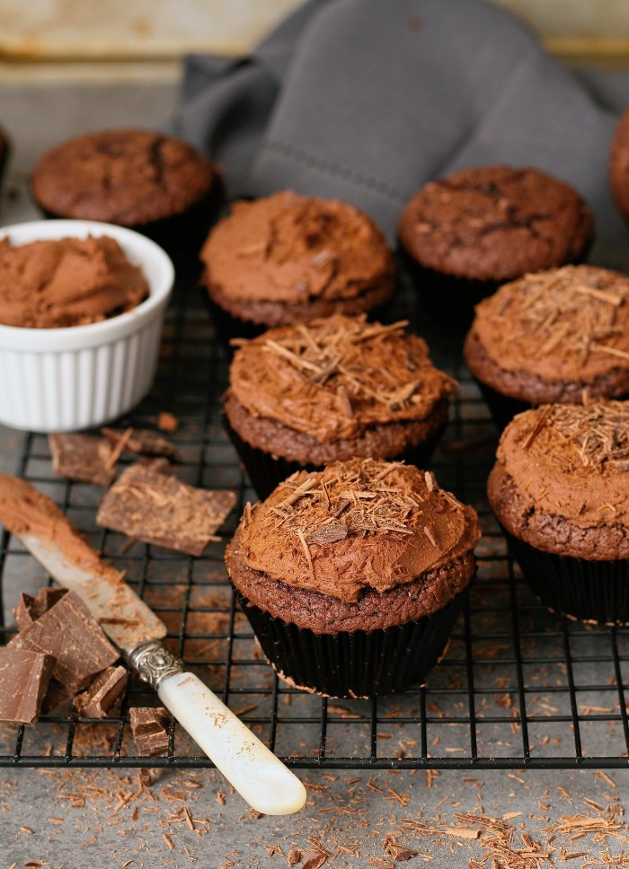 Chocolate cupcakes with chocolate and whiskey ganache.