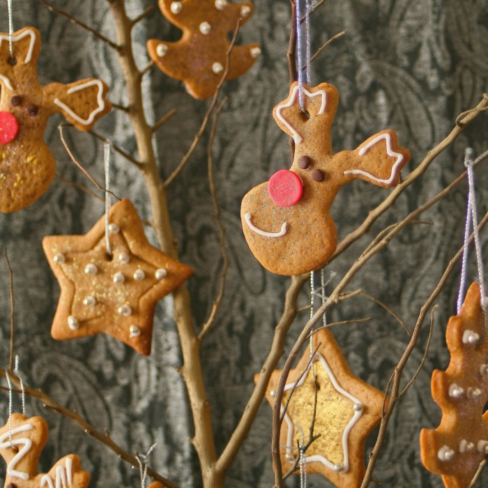 How to make a Christmas biscuit tree