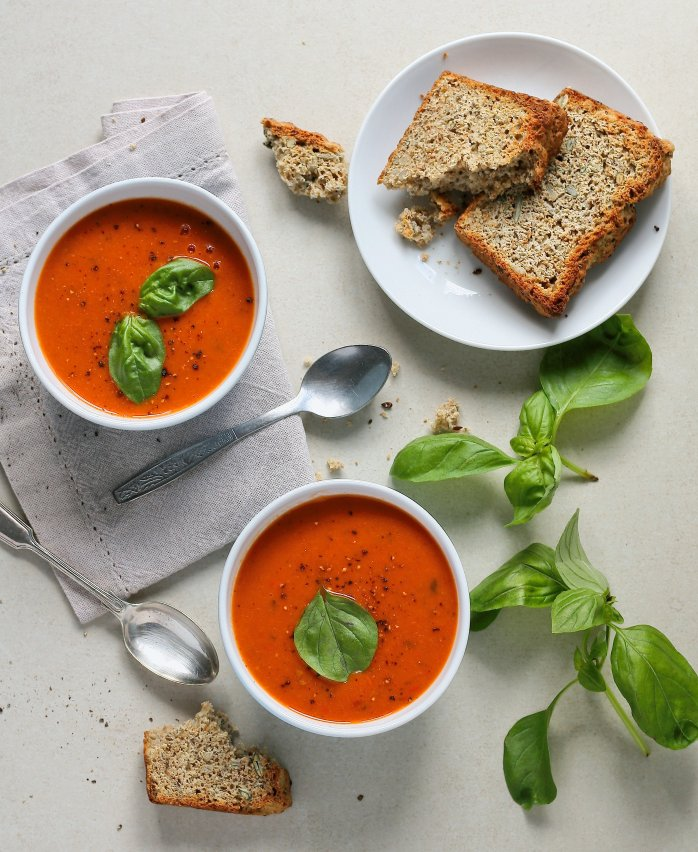Vegan tomato soup recipe with beans