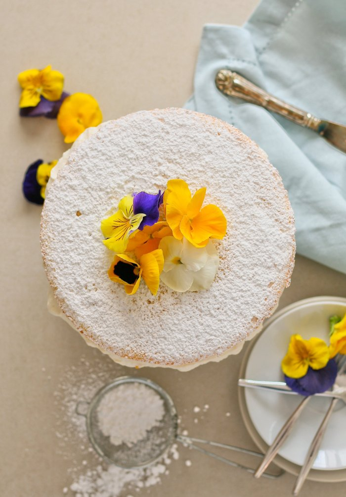 Classic Victoria sponge cake recipe with lemon.