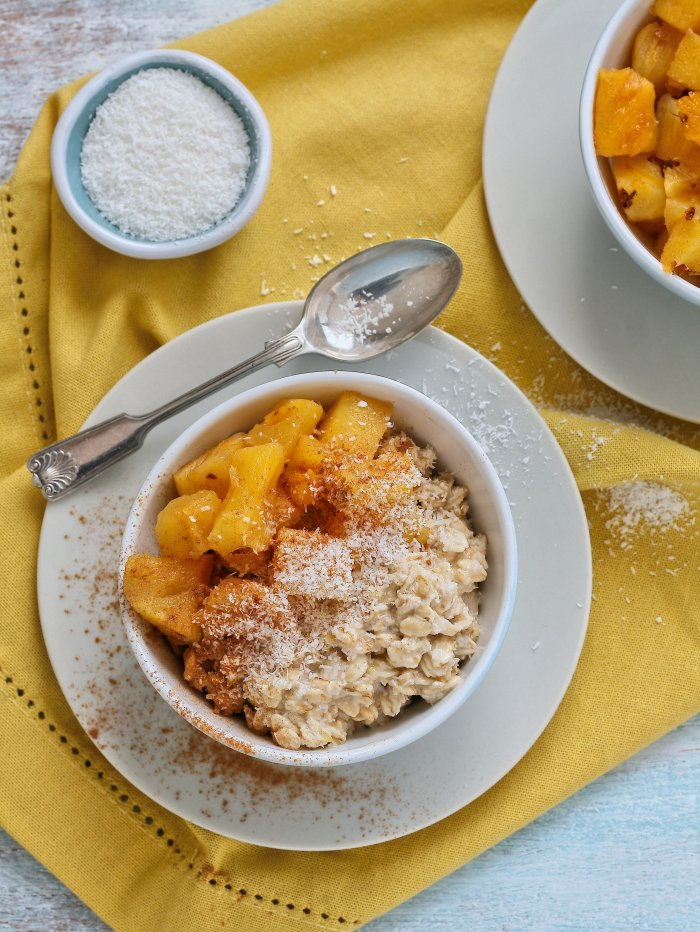 Tropical overnight oats with pineapple and coconut