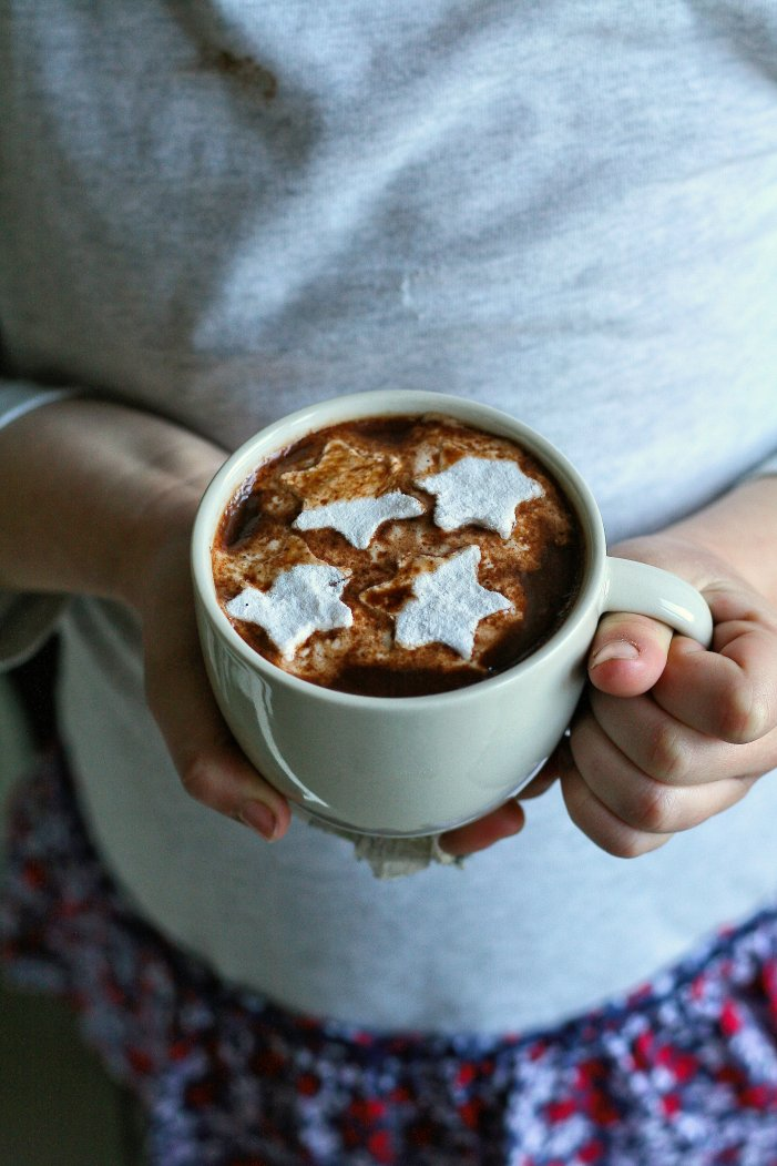 Decadent hot chocolate recipe with cinnamon