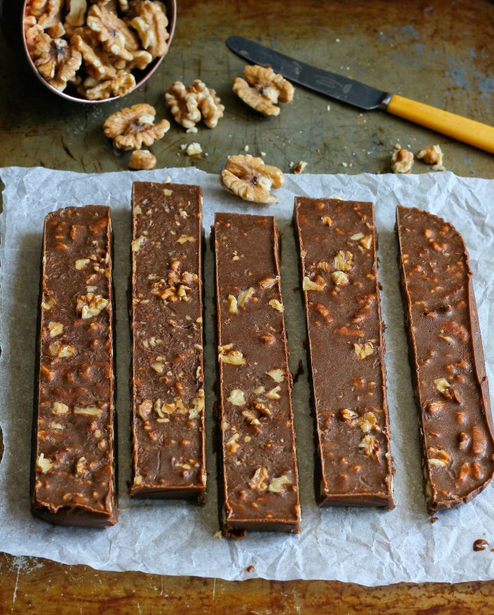 Peanut butter and walnut fudge recipe.