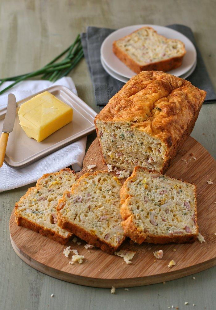 Easy corn bread recipe.