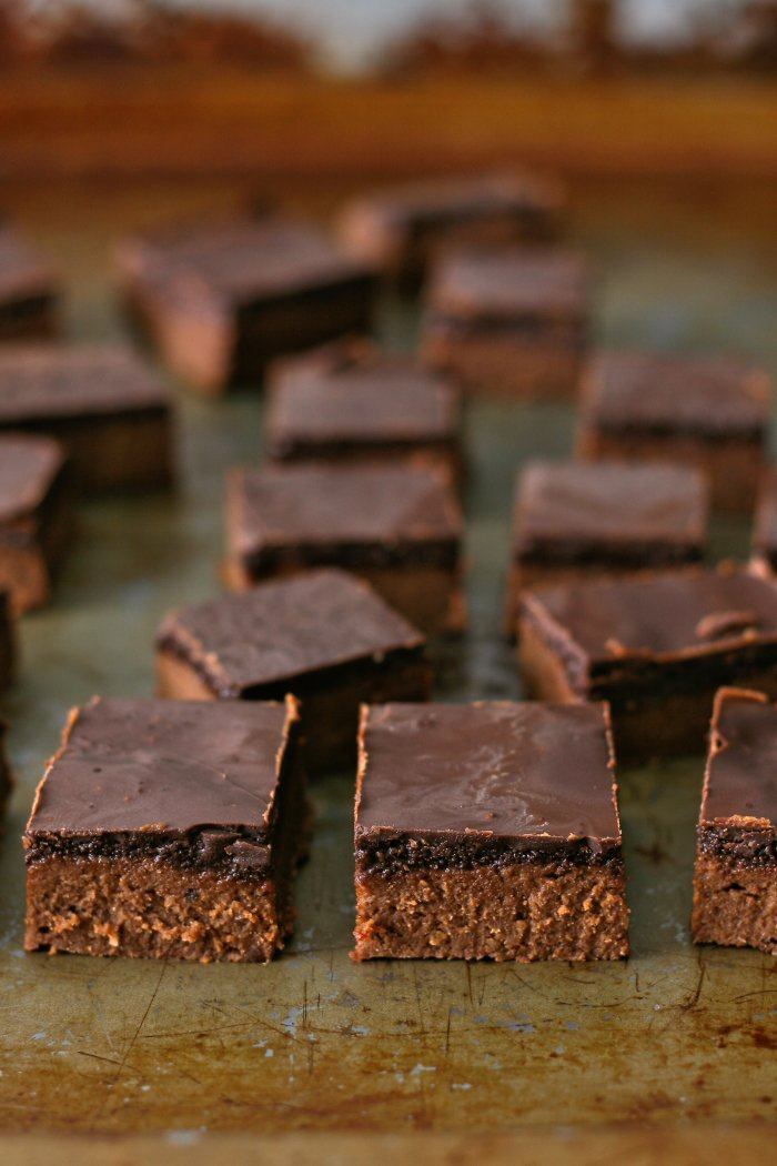 Chickpea and peanut butter fudge