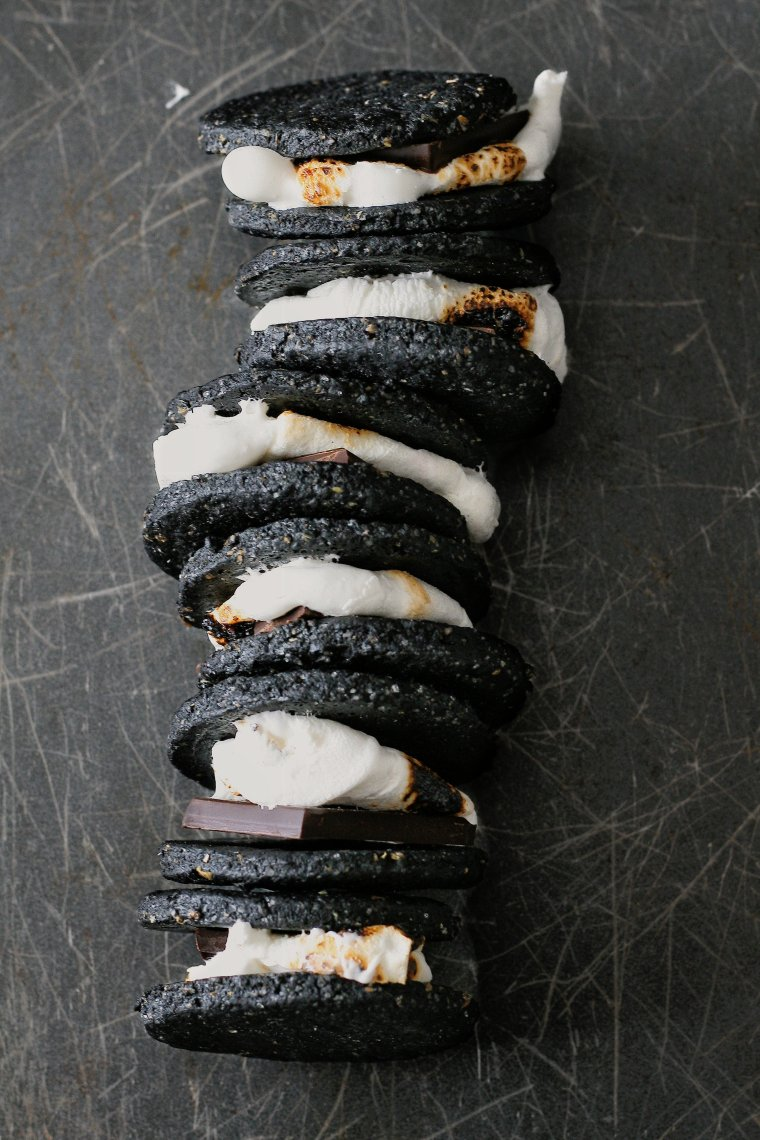 S'more cookies with charcoal
