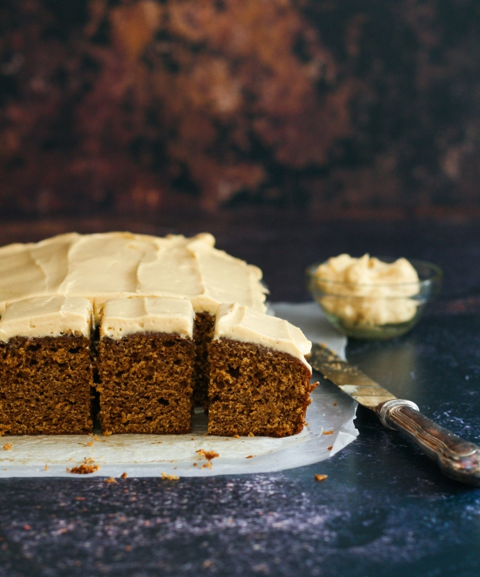 Gingerbread cake squares with cream cheese icing no icing sugar