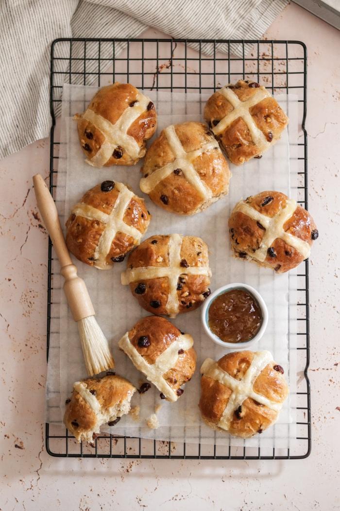Classic hot cross bun recipe